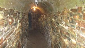 York Redoubt: Main Fortress tunnel to Lower Buildings